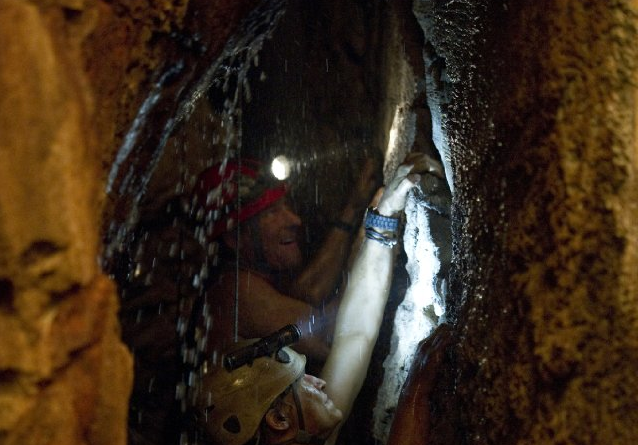 Sanctum : New Film About Underwater Cave Team From The