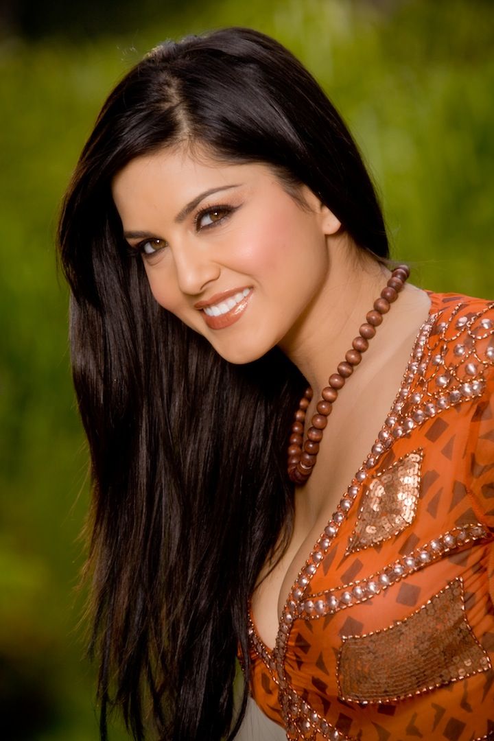 Wallpaper World Sunny Leone Sexy Photo Shoot-9338