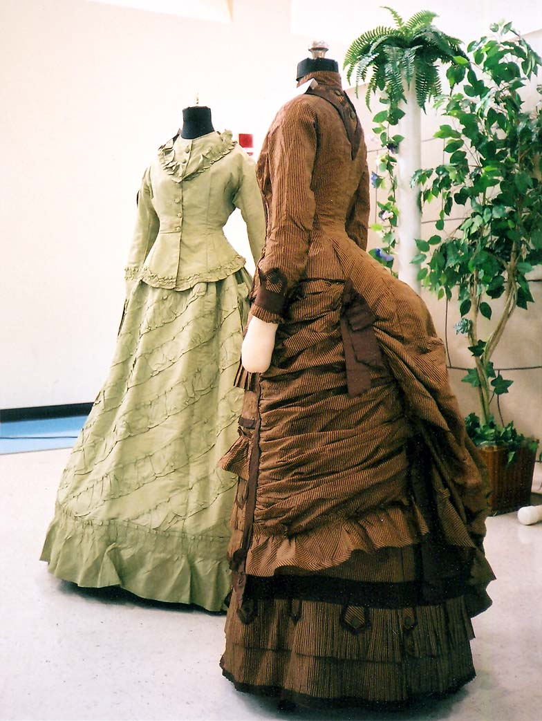 Victorian Fashion The Gift of Sig...