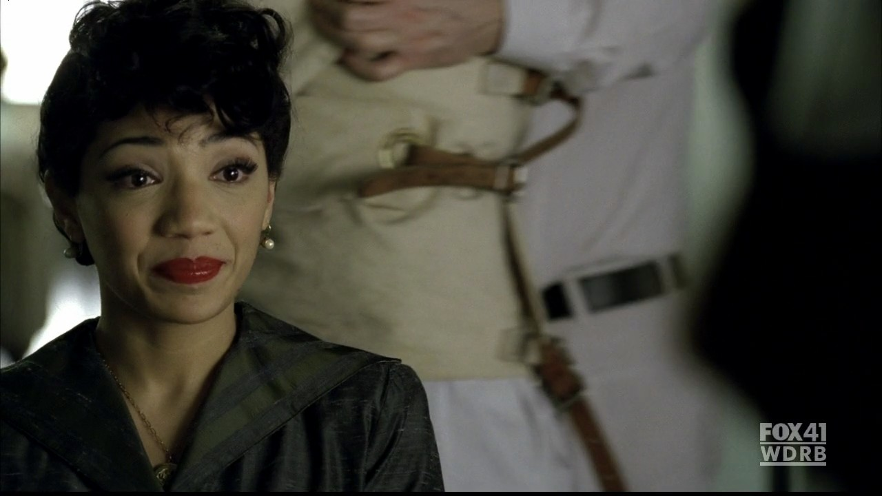 Fringe 2. Sezon 20.Bölüm Fragmanı izle