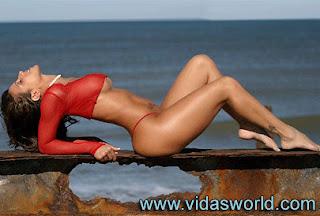 Vida Guerra Red Bikini 94