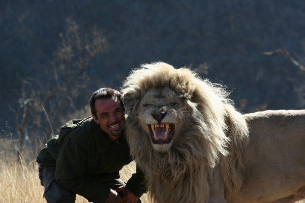 Beautiful Wild Animals Wallpapers My Fun Blog Kevin Richardson The Lion Whisperer