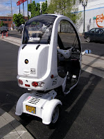 Three wheeled scooter - Subcompact Culture