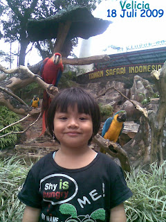 BERFOTO BERSAMA HARIMAU Taman Safari Indonesia II