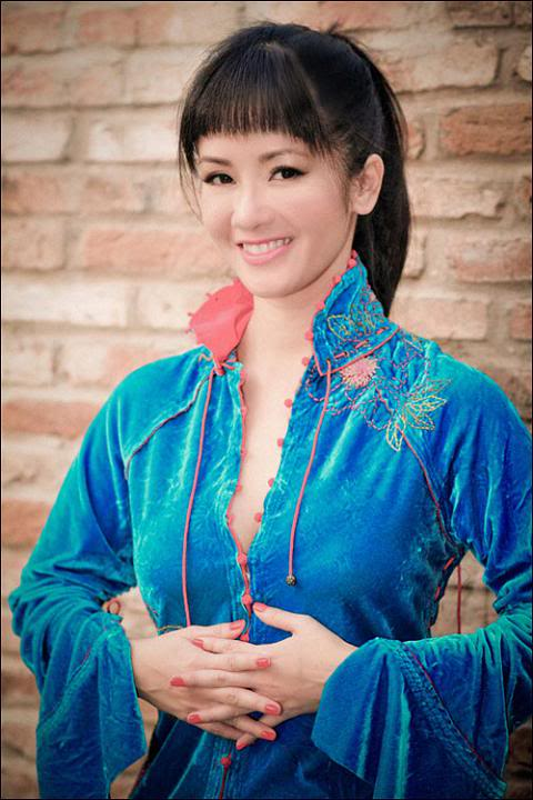 Student Loan Consolidation >> Xee Fun: Beautiful Vietnamese singer Hong Nhung