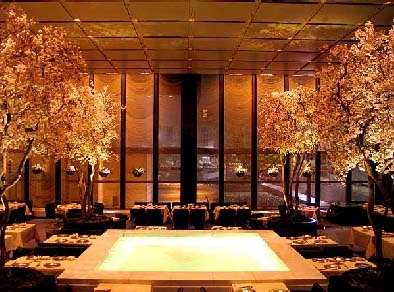 The Four Seasons Is One Of Most Fascinating Elegant And Spectacular Restaurants In World Its Sumptuous Decor Breathtaking Innovations