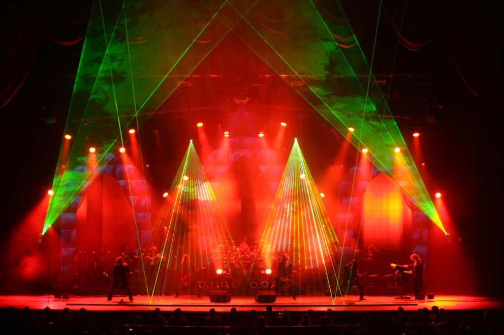 entertaining arts in the greater philadelphia area the trans siberian orchestra comes to town. Black Bedroom Furniture Sets. Home Design Ideas