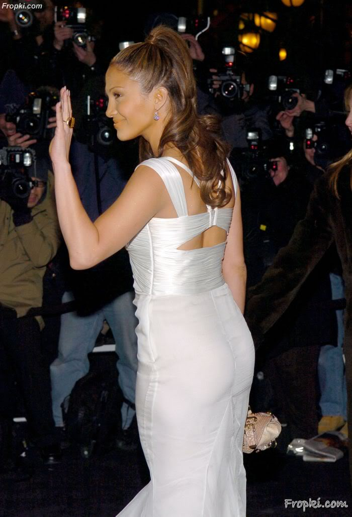 Which Isnt Impressive In My Opinion And Yet People Say That Want A Big Ass Like J Lo Though I Suppose More People Are Saying They Want A Butt Like Nikki