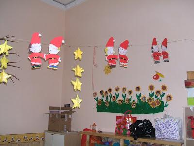 Il cielo di praga addobbi scolastici for Addobbi natalizi per la classe