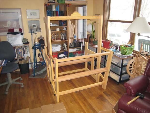 Madcitymike Warping Oxaback Lilla Floor Loom - Year of Clean