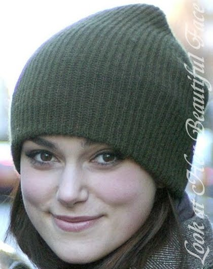 Look At Her Beautiful Face  Keira Knightley Lovely Face With A Tuque aa11c68135be