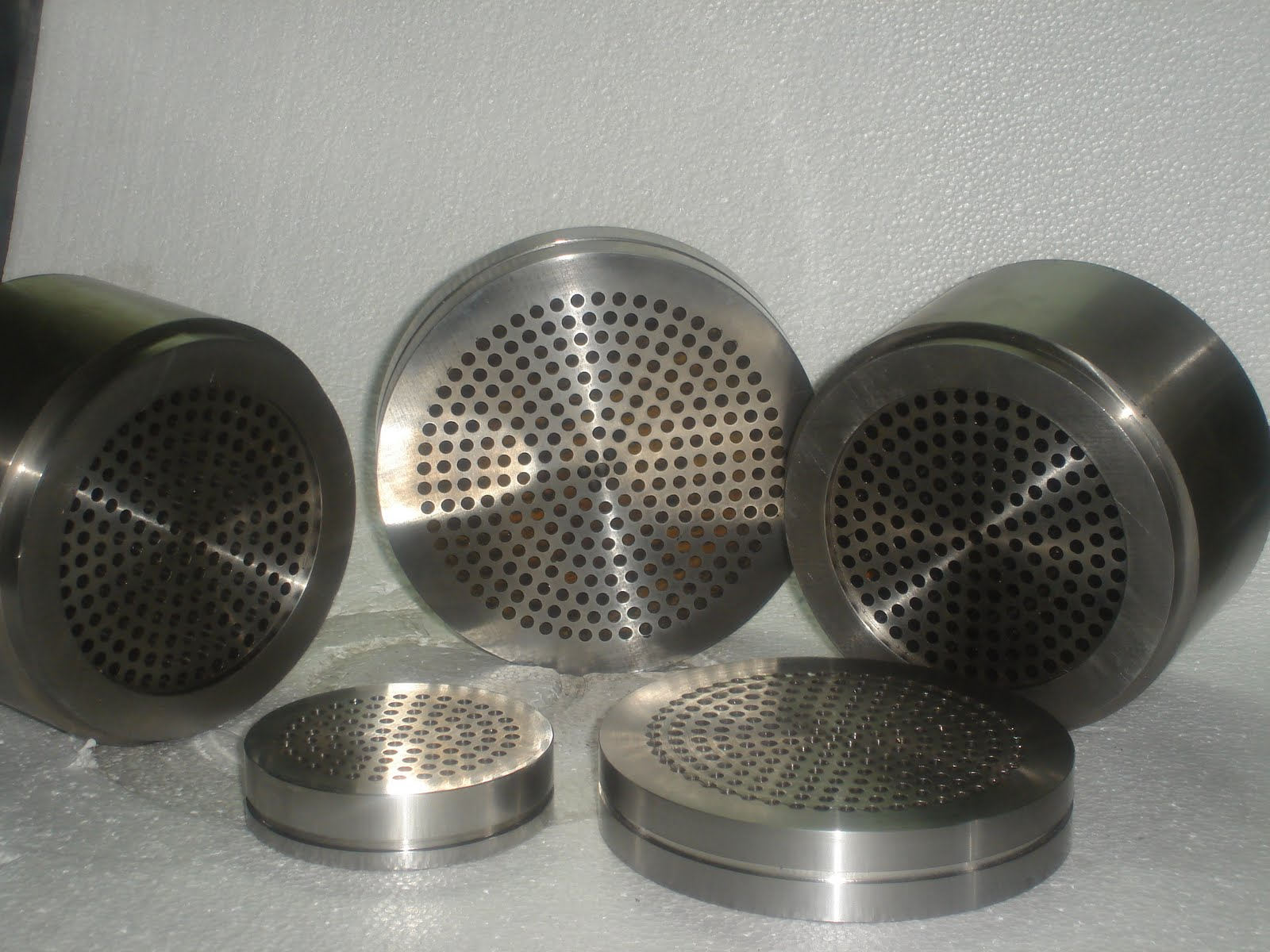 Extrusion Breakerplates Extrusion Breaker Plates