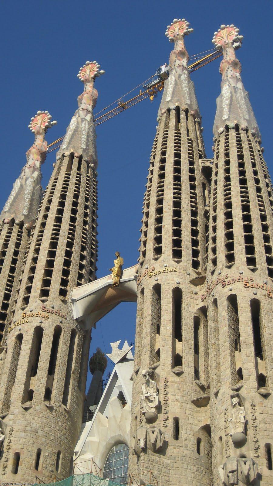 Sagrada Familia: Dream It. Discover It.: Barcelona