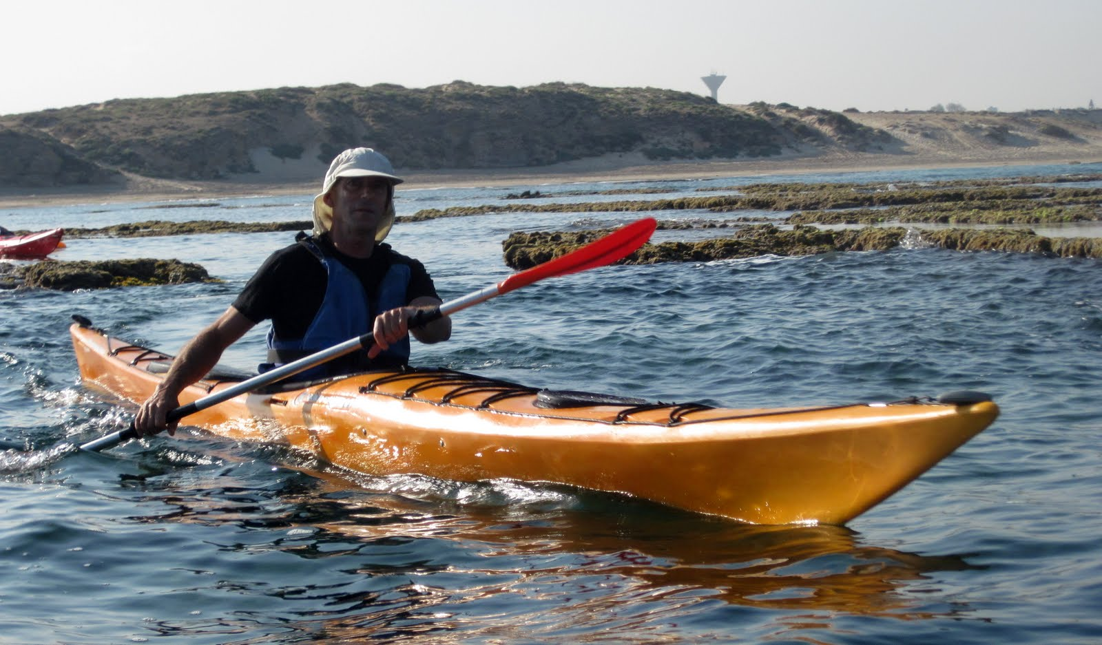 something to sink your teeth into: how to steer your kayak