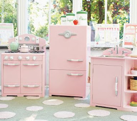 Little Inspirations: Play Kitchens