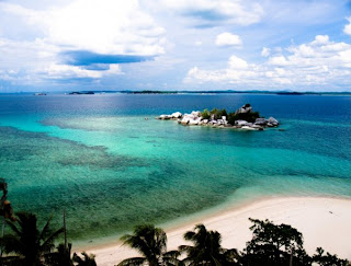 8 9 Tempat Wisata Paling Indah di Indonesia