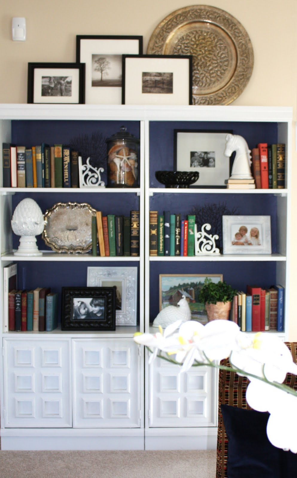 Bookshelf Decorating Ideas Pinterest: Extreme Makeover: Bookcase Edition