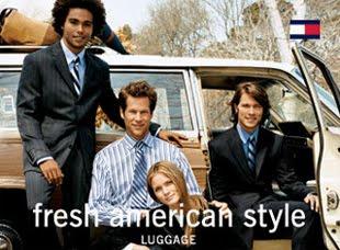 82d43ac8c Na transição de empresário para estilista de moda, em 1979, Tommy se mudou  para a cidade de Nova Iorque para se promover e desenvolver coleções  próprias.