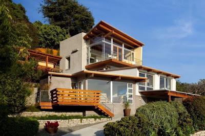 Unique Beach House Cottage Design In Laguna