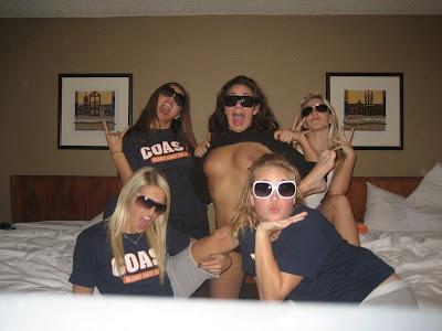 college-cheerleading-pics-nude-retro-gyno-porn