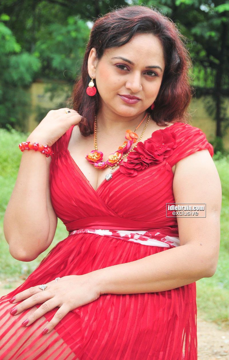 masala pictures of telugu actress