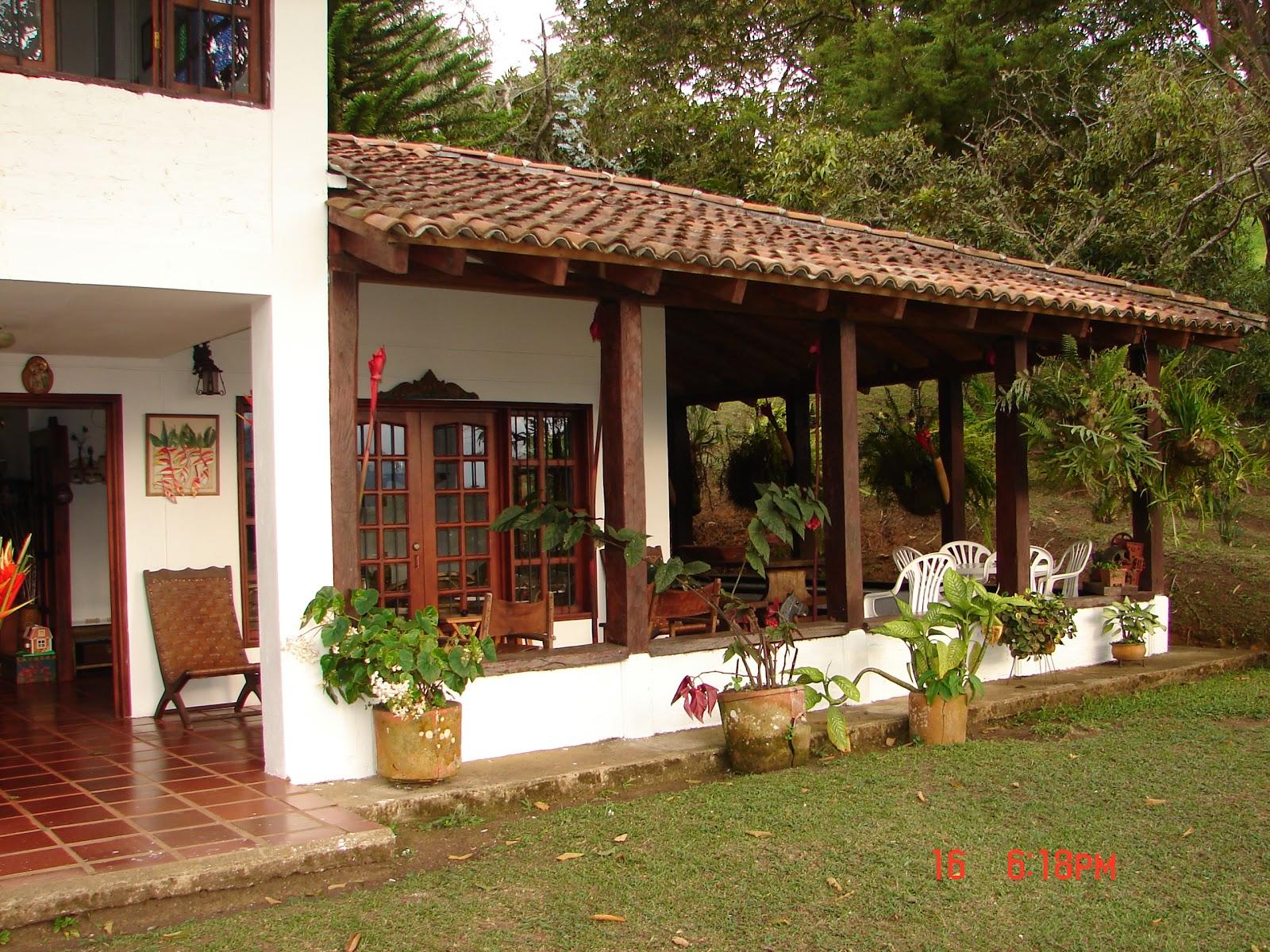 Casas campestres casas campestres 2 for Disenos de chalets rusticos