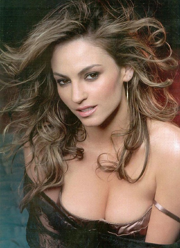 Drea de matteo movies something