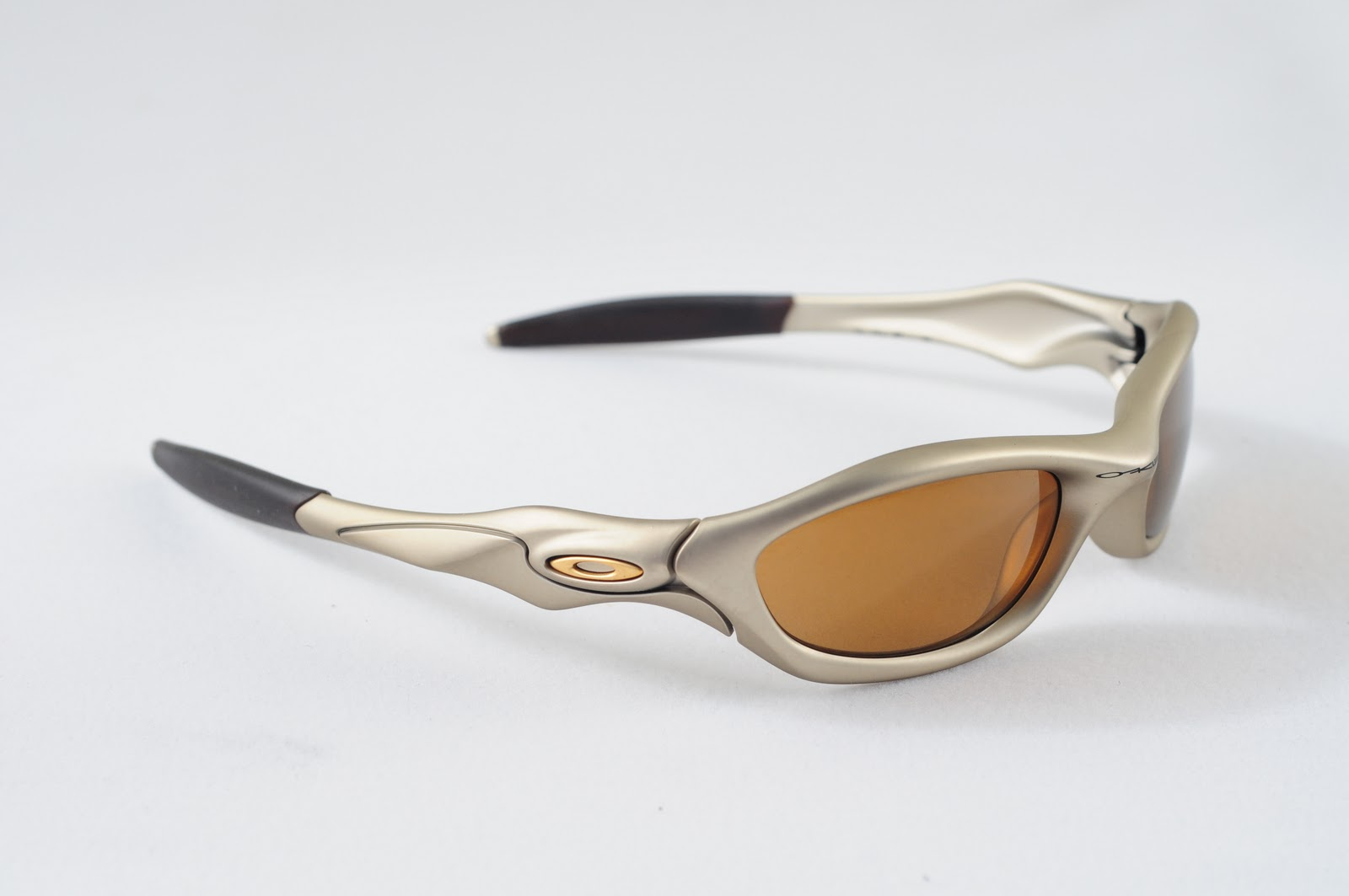 Oakley Fuel Cell Polarized >> Oakley Saint: Unknown Collection