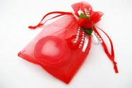 Gift Bag Colour : Red