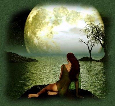 Resultado de imagem para mulher lua mar