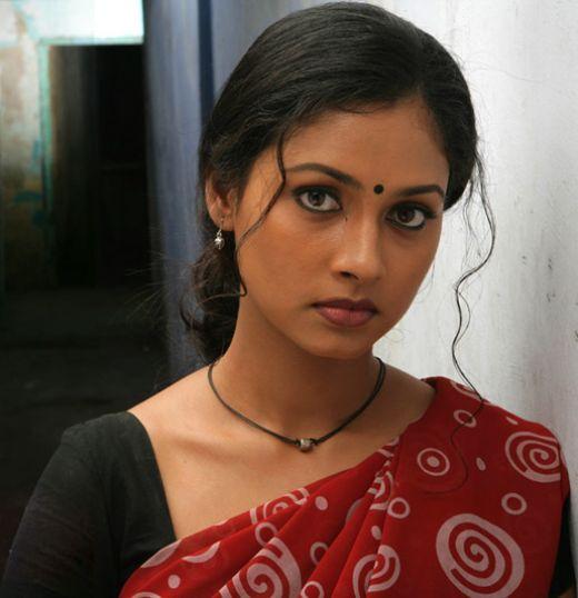 Sexy Indian Hot Tamil Actress Pooja-7169