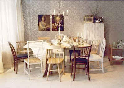 creative juice: Pull up a Seat - Shabby Chic Dining Rooms Chairs