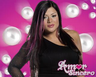 463b43c39ba4 Nombre  Marbelle Canciones  Amor sincero. Collar de perlas