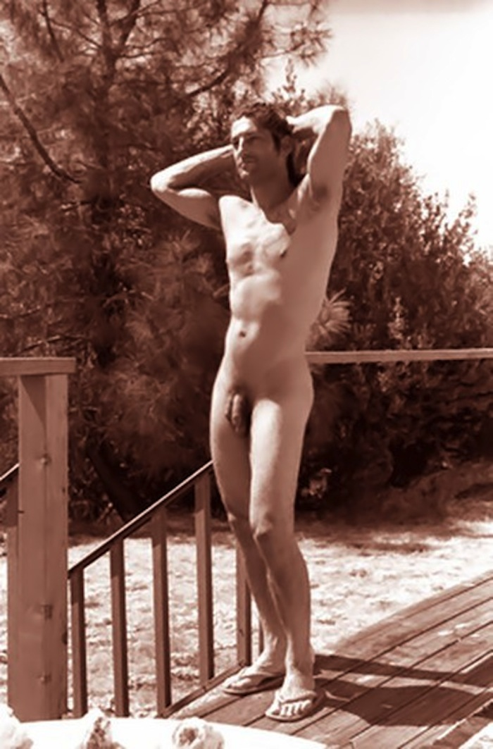 Nude Male Celebrity Picture 107