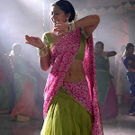 Sneha Hot Neval Show In Saree