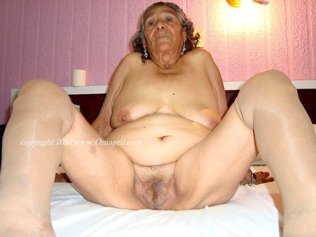Latinagranny amateur mature bbw photos slideshow 9
