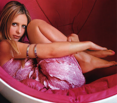 pics of sarah michelle gellar feet