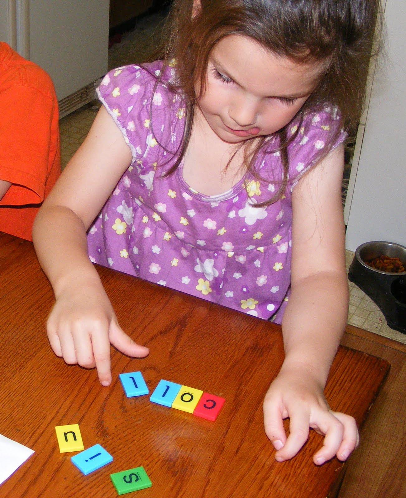 Ten Kids And A Dog Preschool Days Letter F Week 2