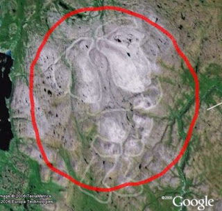 Amazing Picture of Santa on Google Earth