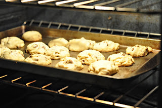 Christmas Cookies Gift!! Unbaked cookies to stick in the freezer until you're ready to eat!!