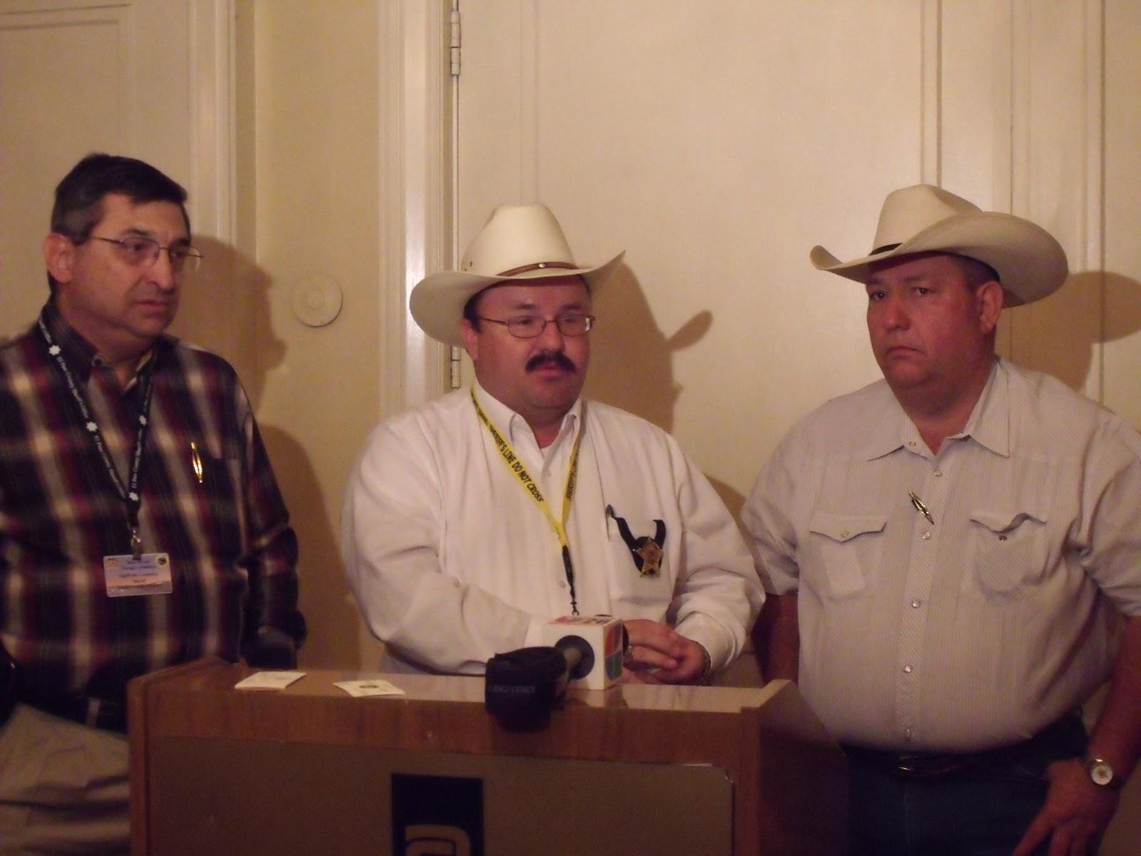 Border Lines: October 2010