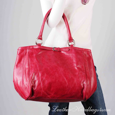 There Is One Kind Of Handbags On Our Website Leatherhandbags4sure So All Round And Beautiful That Can Be Used As Two Bags