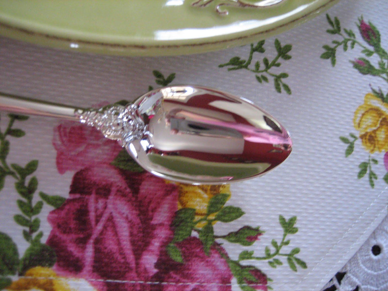 Le Beau Paon Victorien Tablescape Thursday Pink Amp Green