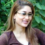 Sexy Actress Kareena Kapoor