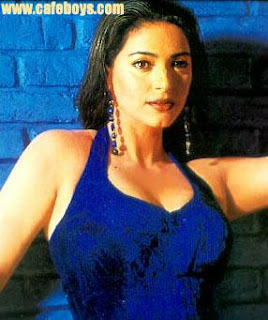 Bollywood Actress Juhi Chawla Hot Pics