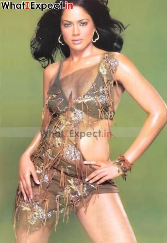 Spicy Photo World Sameera Reddy Spicy Stills-8651
