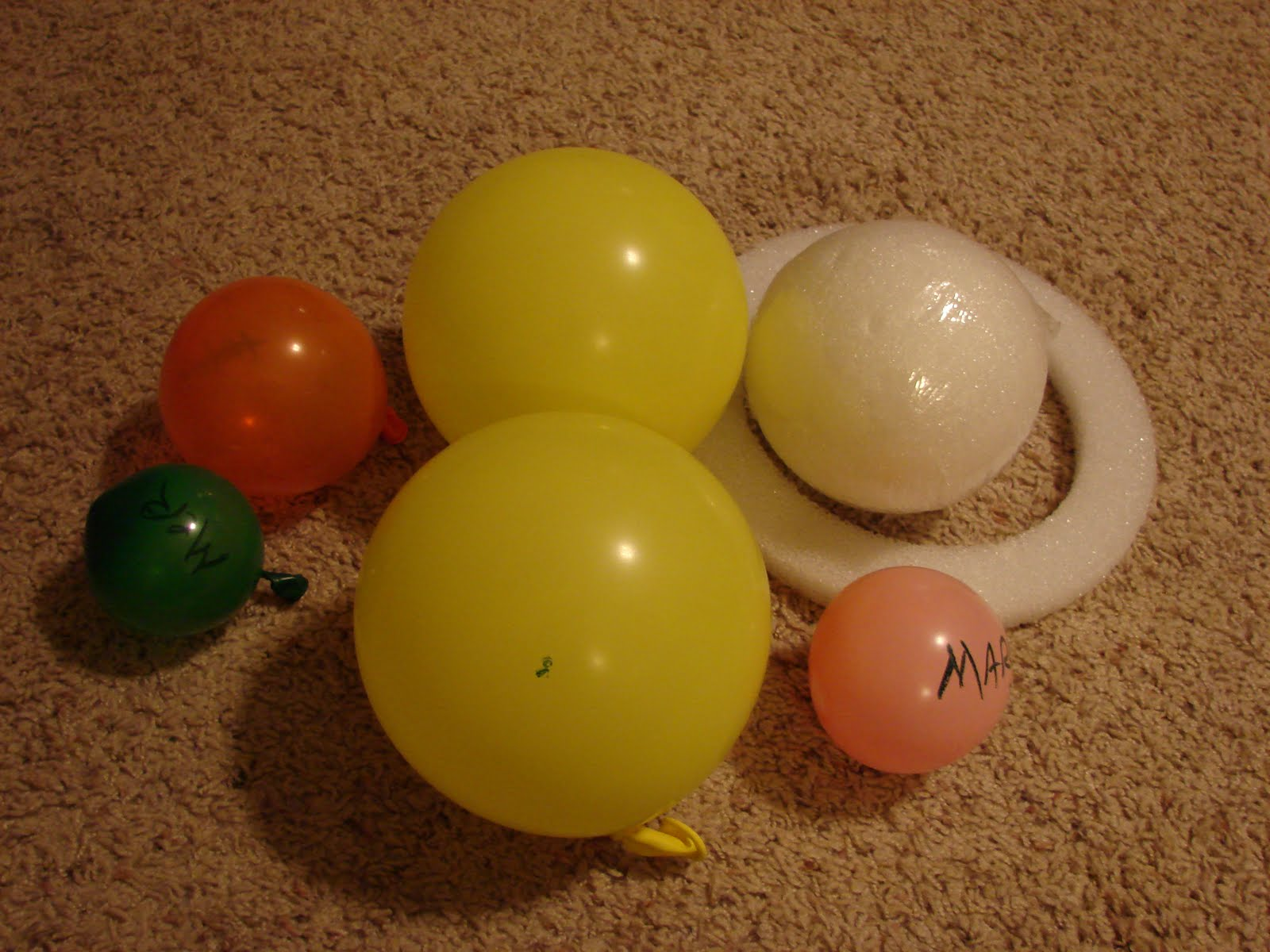 making planets out of balloons - photo #17