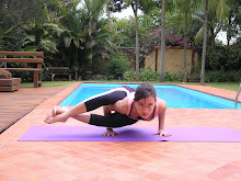 algo sobre yoga  as posturas invertidas e o medo