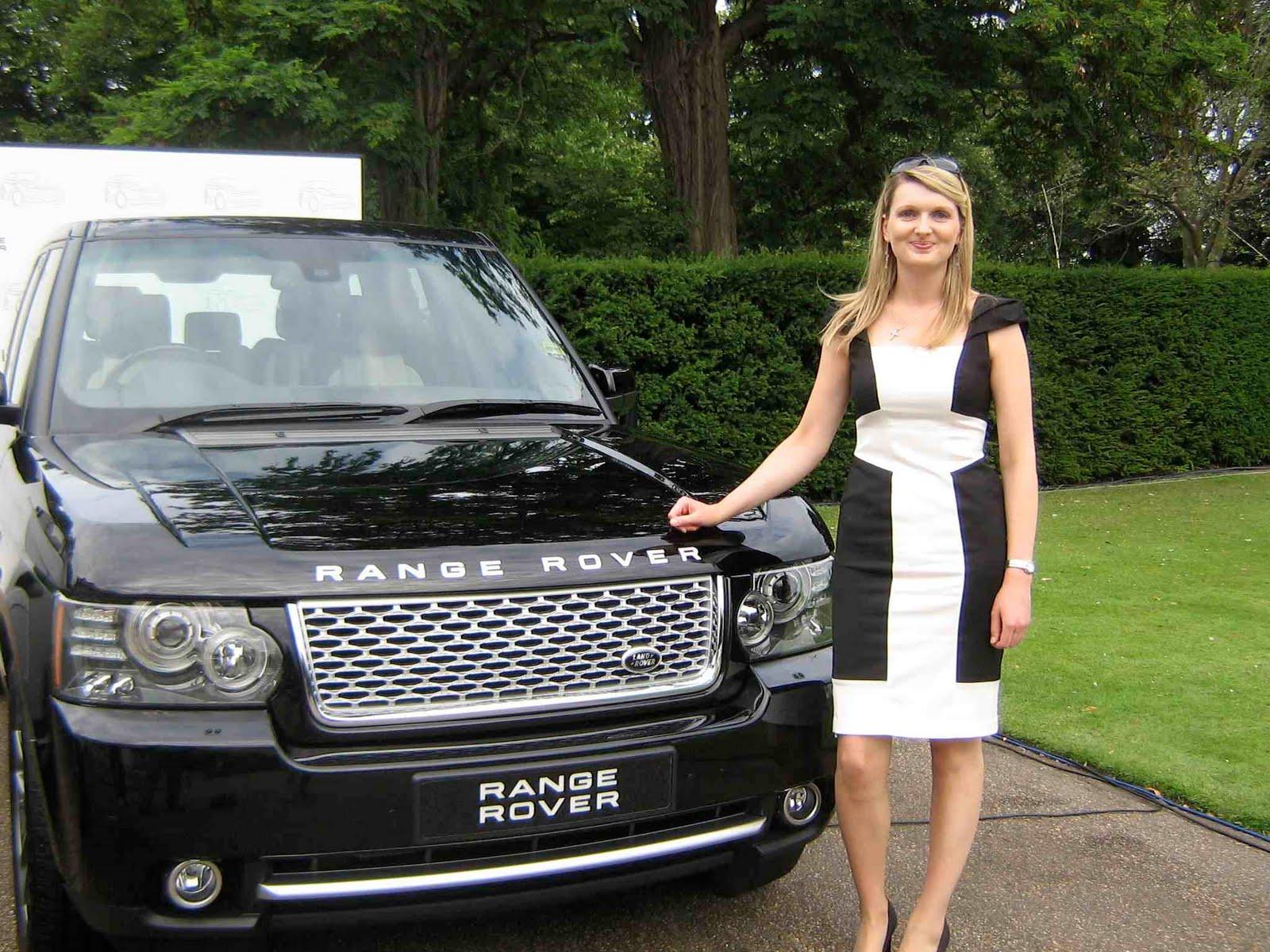 Irish Car Travel Magazine Victoria Beckham is Evoque interior