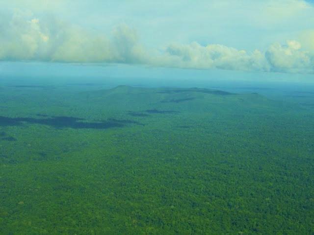 Resultado de imagem para sEIS LAGOS NA aMAZÔNIA